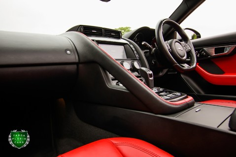 Jaguar F-Type V6 60