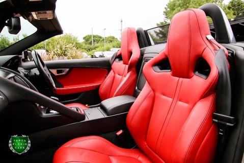 Jaguar F-Type V6 10