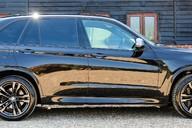 BMW X5 M50D 13