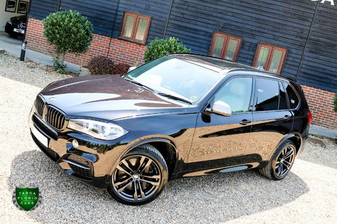 BMW X5 M50D 26