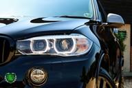 BMW X5 M50D 28