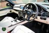 BMW X5 M50D 52
