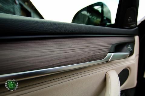 BMW X5 M50D 59