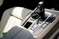 BMW X5 M50D 9