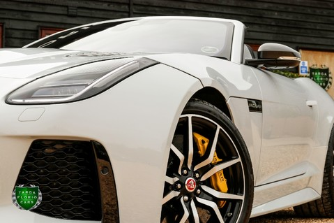 Jaguar F-Type V8 SVR AWD CONVERTIBLE 28