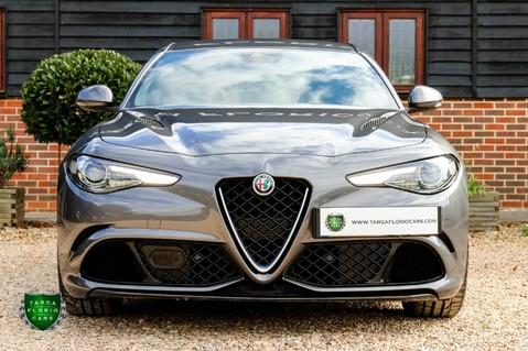 Alfa Romeo Giulia V6 BITURBO QUADRIFOGLIO 14
