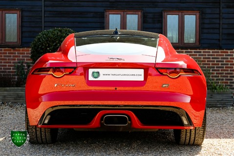 Jaguar F-Type I4 CHEQUERED FLAG 30
