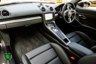 Porsche 718 CAYMAN GTS PDK 9