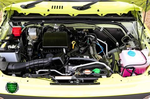 Suzuki Jimny SZ5 Automatic 21