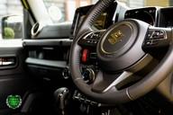 Suzuki Jimny SZ5 Automatic 44