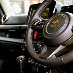 Suzuki Jimny SZ5 Automatic 2