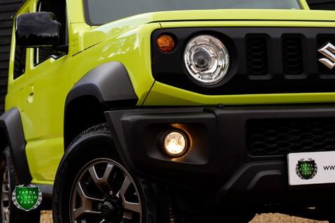Suzuki Jimny SZ5 Automatic 3