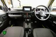 Suzuki Jimny SZ5 Automatic 6