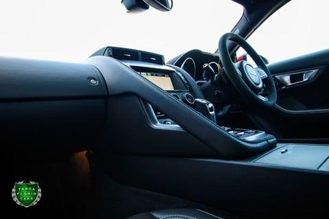 Jaguar F-Type V6 S 48