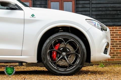 Alfa Romeo Stelvio V6 BITURBO QUADRIFOGLIO Q4 AUTO 12
