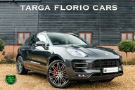 Porsche Macan TURBO PERFORMANCE PDK 15