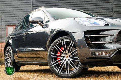 Porsche Macan TURBO PERFORMANCE PDK 18