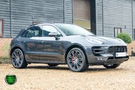 Porsche Macan TURBO PERFORMANCE PDK 24