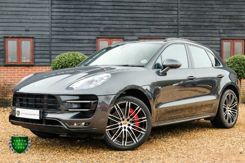 Porsche Macan TURBO PERFORMANCE PDK 26