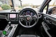 Porsche Macan TURBO PERFORMANCE PDK 57