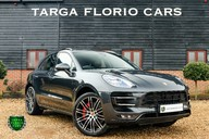 Porsche Macan TURBO PERFORMANCE PDK 1