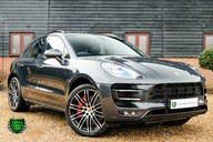 Porsche Macan TURBO PERFORMANCE PDK 2