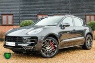 Porsche Macan TURBO PERFORMANCE PDK 3