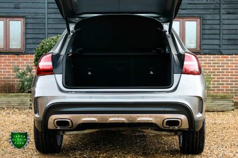 Mercedes-Benz Gla Class GLA 200 D 4MATIC AMG LINE PREMIUM PLUS 29
