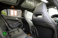 Mercedes-Benz Gla Class GLA 200 D 4MATIC AMG LINE PREMIUM PLUS 50