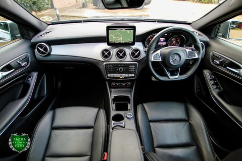 Mercedes-Benz Gla Class GLA 200 D 4MATIC AMG LINE PREMIUM PLUS 36