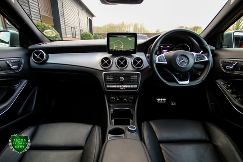 Mercedes-Benz Gla Class GLA 200 D 4MATIC AMG LINE PREMIUM PLUS 55