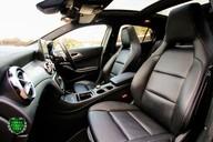 Mercedes-Benz Gla Class GLA 200 D 4MATIC AMG LINE PREMIUM PLUS 52