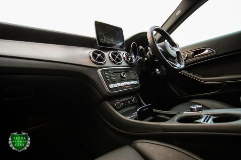 Mercedes-Benz Gla Class GLA 200 D 4MATIC AMG LINE PREMIUM PLUS 54