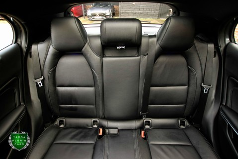 Mercedes-Benz Gla Class GLA 200 D 4MATIC AMG LINE PREMIUM PLUS 9