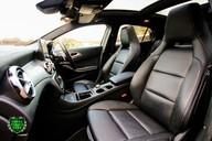 Mercedes-Benz Gla Class GLA 200 D 4MATIC AMG LINE PREMIUM PLUS 7
