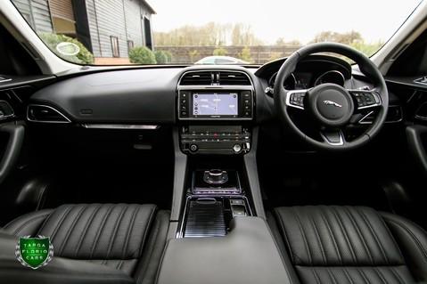 Jaguar F-Pace PORTFOLIO 2.0d AWD 57