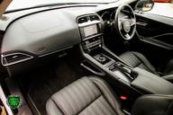 Jaguar F-Pace PORTFOLIO 2.0d AWD 59