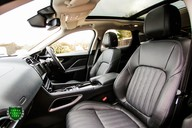 Jaguar F-Pace PORTFOLIO 2.0d AWD 10