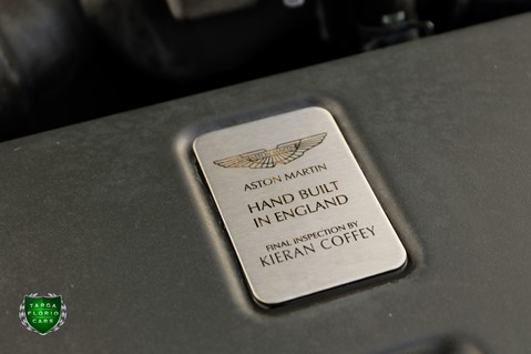 Aston Martin Vantage V12 22