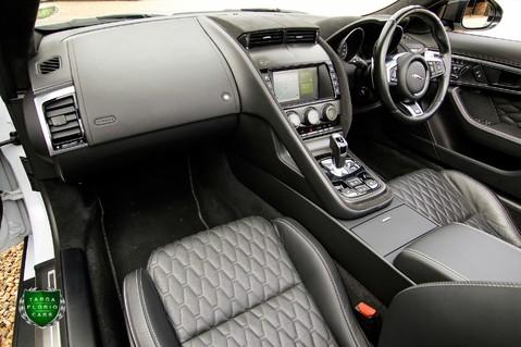 Jaguar F-Type V8 SVR AWD 64