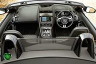 Jaguar F-Type V8 SVR AWD 8