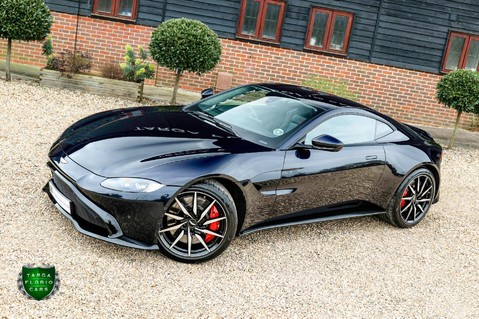 Aston Martin Vantage 4.0 V8 Auto 26