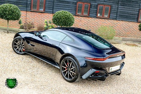Aston Martin Vantage 4.0 V8 Auto 31