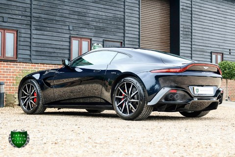 Aston Martin Vantage 4.0 V8 Auto 36