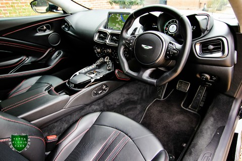 Aston Martin Vantage 4.0 V8 Auto 46
