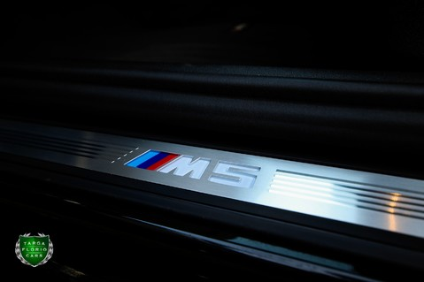 BMW M5 M5 COMPETITION 64