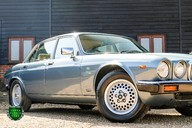 Jaguar XJ6 4.2 SOVEREIGN Auto 19