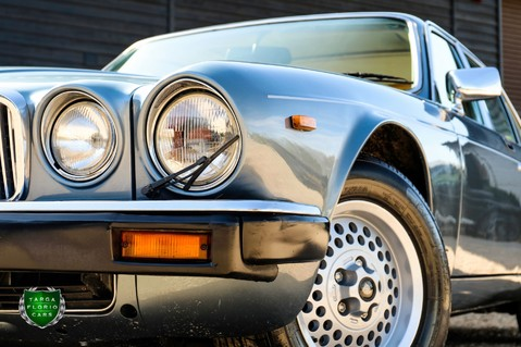 Jaguar XJ6 4.2 SOVEREIGN Auto 32