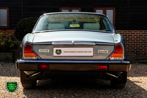 Jaguar XJ6 4.2 SOVEREIGN Auto 37