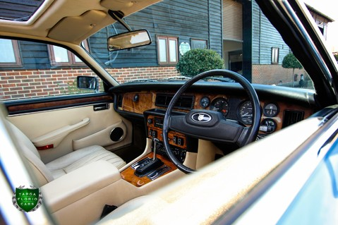 Jaguar XJ6 4.2 SOVEREIGN Auto 58